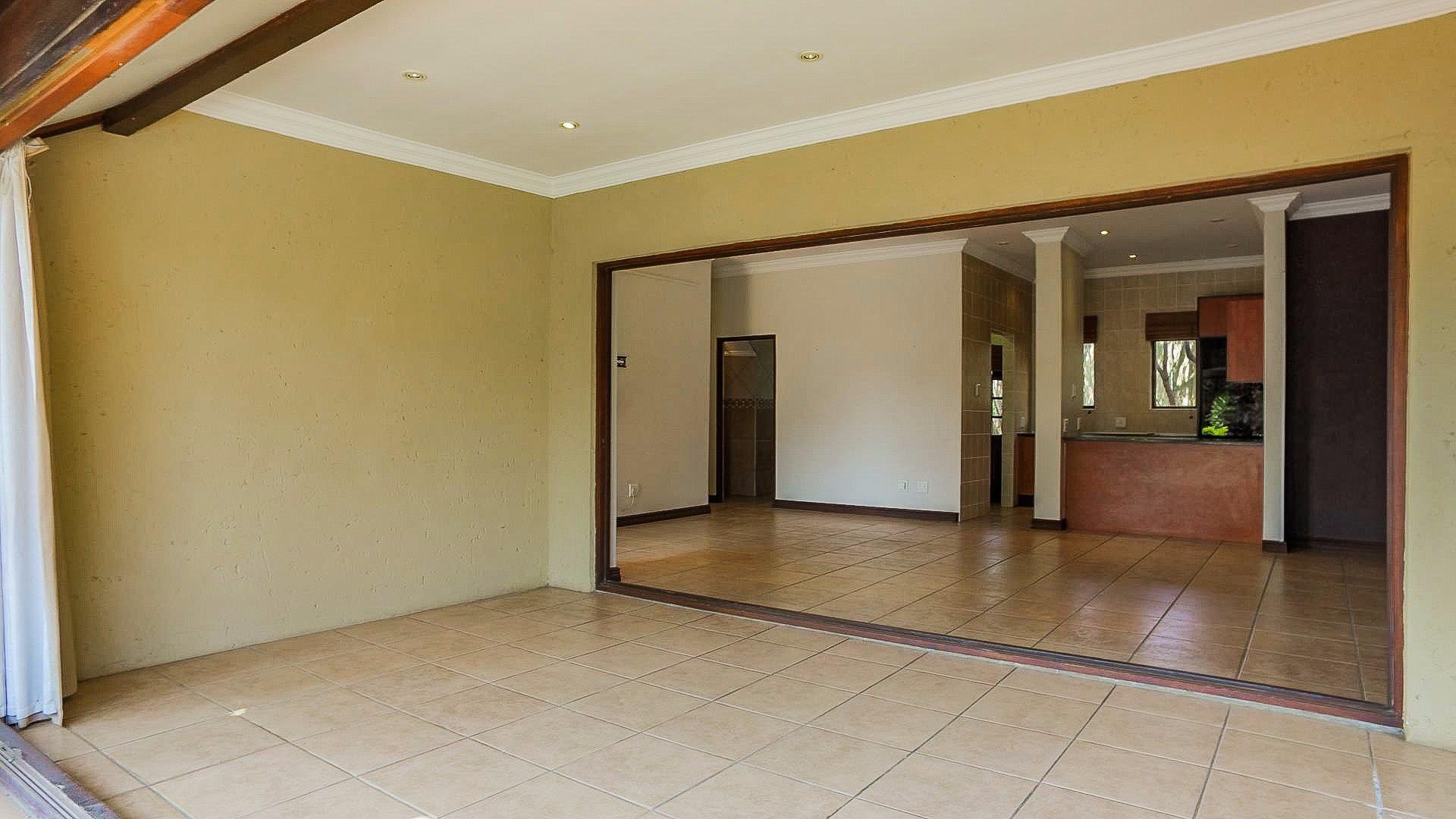 Irene View Estate property for sale. Ref No: 13519995. Picture no 13