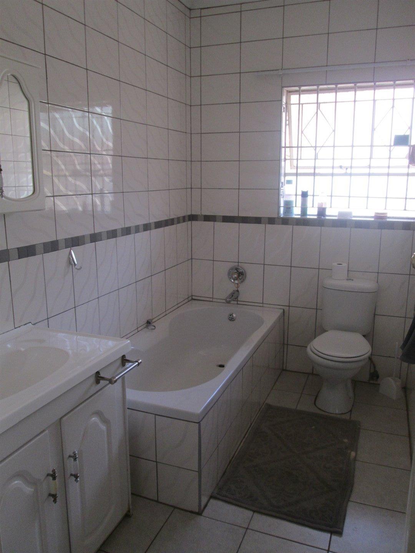 Brackenhurst property for sale. Ref No: 13540618. Picture no 22
