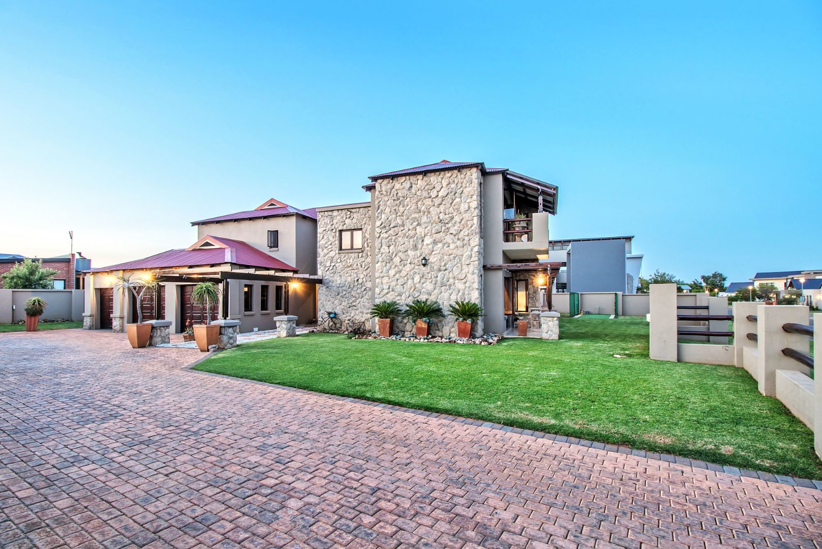 Property and Houses for sale in Hazeldean, House, 5 Bedrooms - ZAR 5,000,000