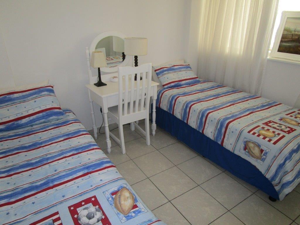 Amanzimtoti property for sale. Ref No: 13577463. Picture no 9