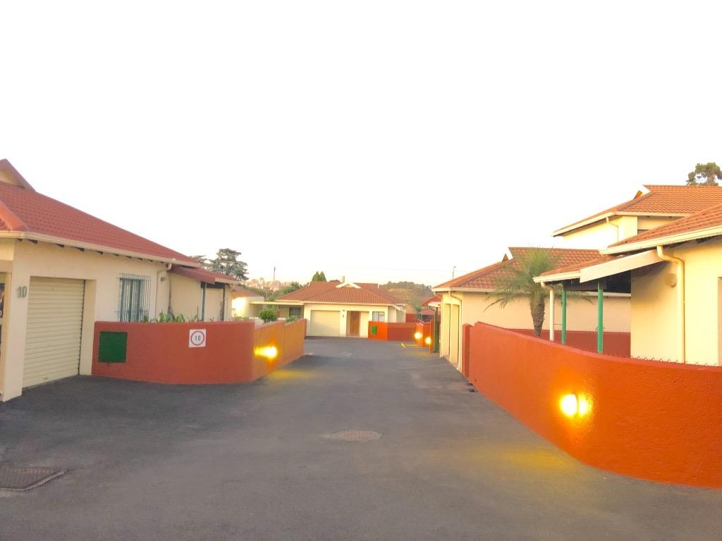 Johannesburg, The Hill Property    Houses For Sale The Hill, The Hill, House 3 bedrooms property for sale Price:949,000