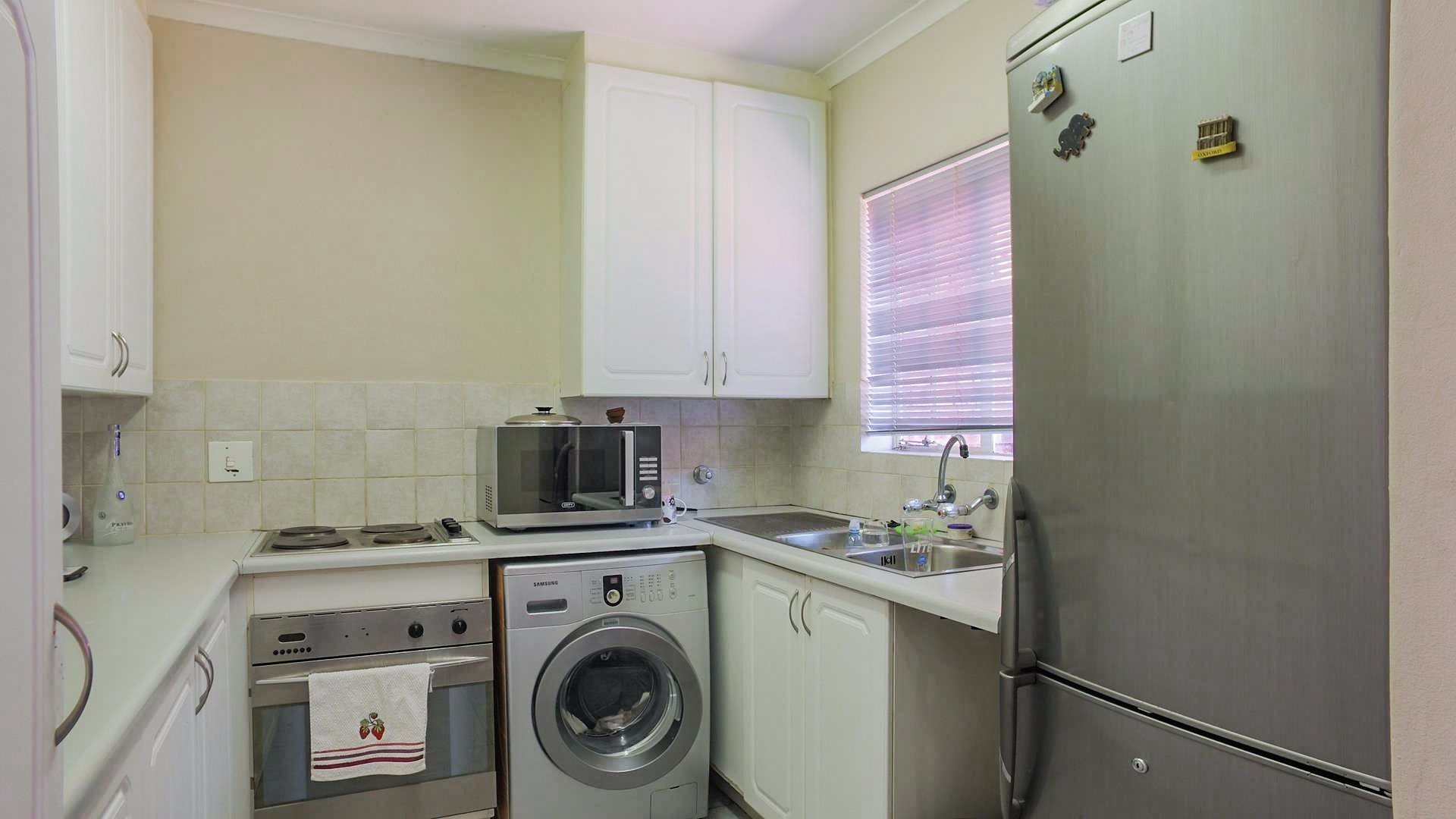 Highveld property for sale. Ref No: 13542050. Picture no 3