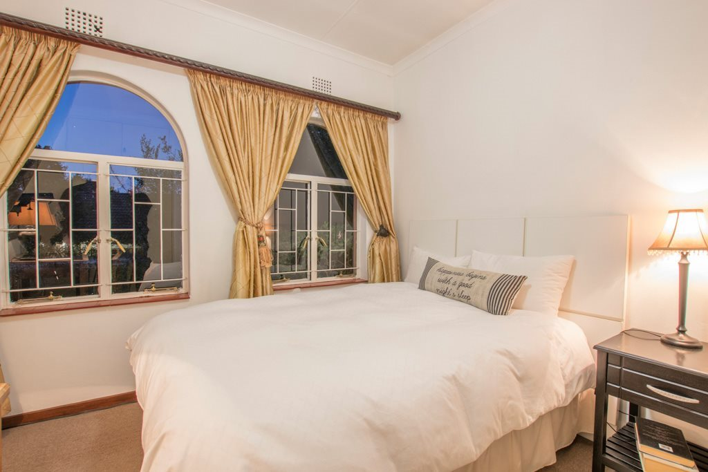Johannesburg North property for sale. Ref No: 13540309. Picture no 12