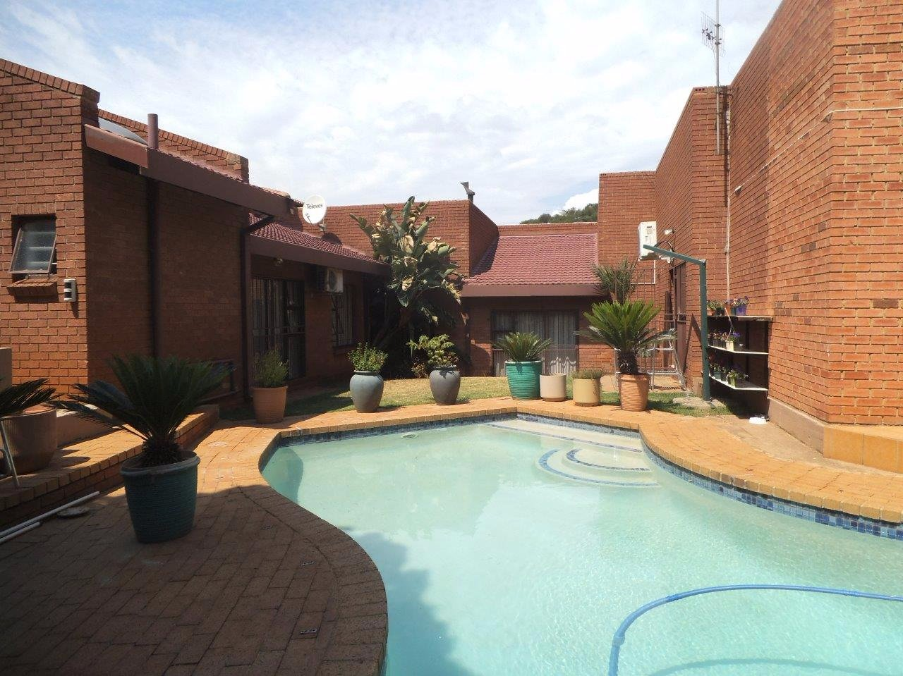 Johannesburg, Bassonia Property  | Houses For Sale Bassonia, Bassonia, House 6 bedrooms property for sale Price:3,200,000