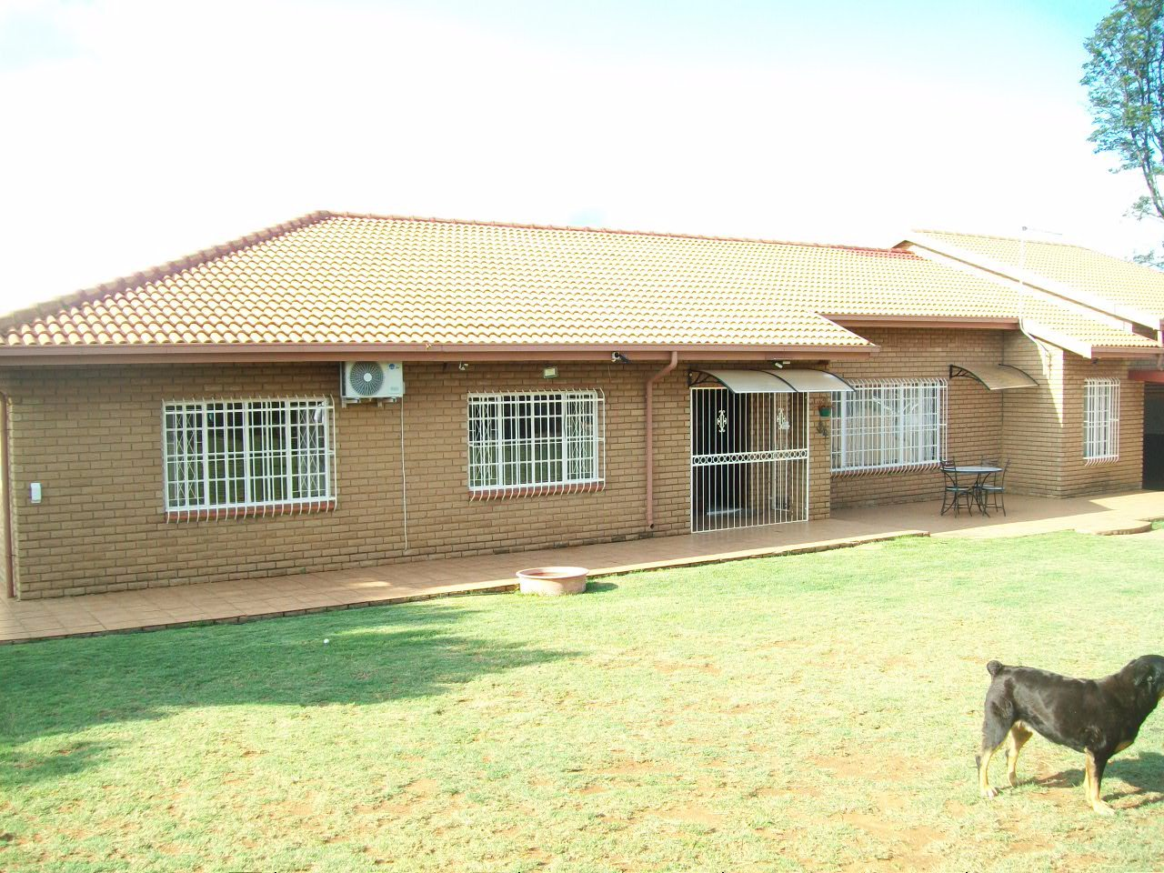 Property Randfontein : Houses For Sale Randfontein (All), Randridge Ah, Farms 4 bedrooms property for sale Price:2,650,000