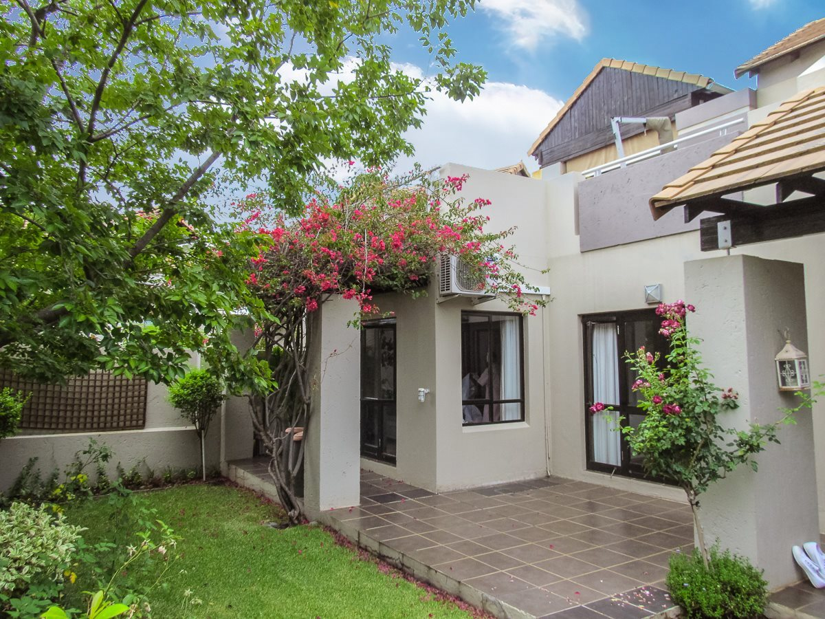Sandton, Lonehill Property  | Houses For Sale Lonehill - Page 2, Lonehill, Townhouse 3 bedrooms property for sale Price:2,395,000