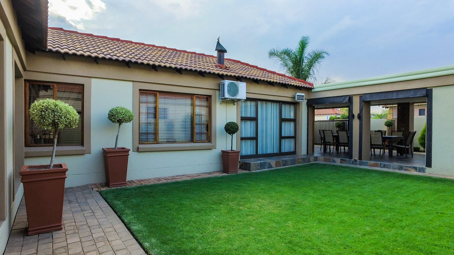 Centurion, Amberfield Manor Property  | Houses For Sale Amberfield Manor, Amberfield Manor, House 3 bedrooms property for sale Price:2,275,000