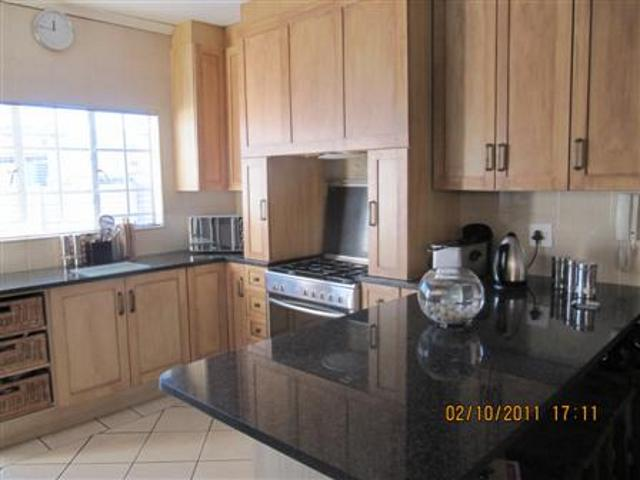 Three Rivers property for sale. Ref No: 13265987. Picture no 16