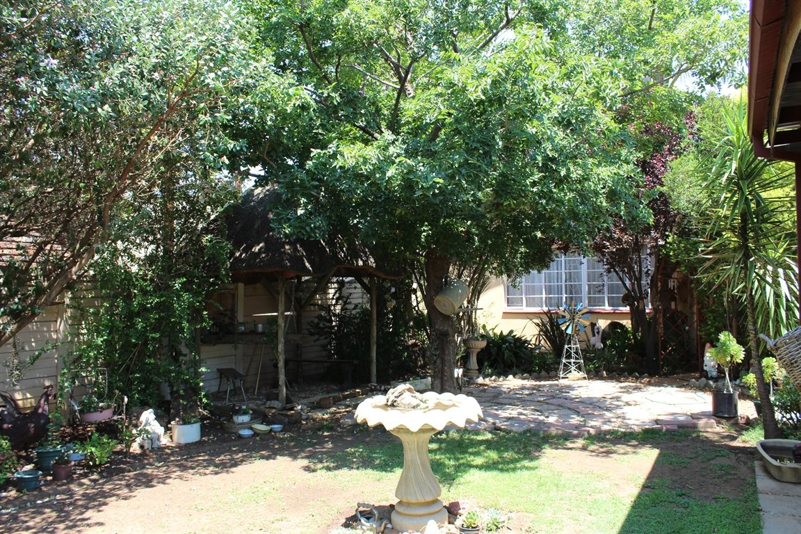 Potchefstroom property for sale. Ref No: 13408763. Picture no 21