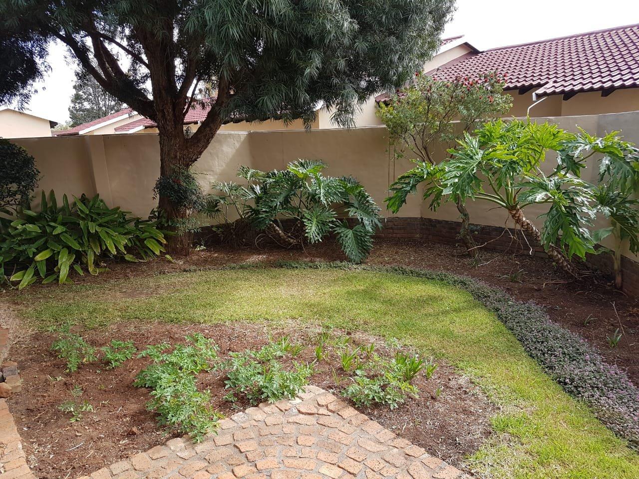 Eldoraigne property for sale. Ref No: 13623334. Picture no 24