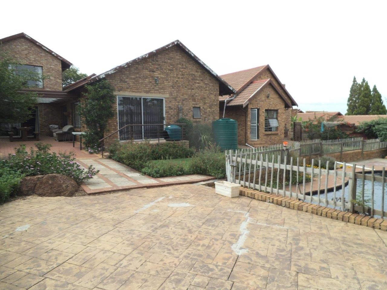 Johannesburg, Mulbarton Property  | Houses For Sale Mulbarton, Mulbarton, House 4 bedrooms property for sale Price:2,199,000