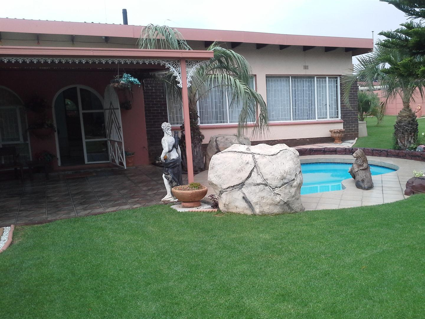 Roodepoort, Witpoortjie Property  | Houses For Sale Witpoortjie, Witpoortjie, House 3 bedrooms property for sale Price:1,200,000