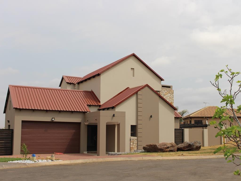 Celtisdal property for sale. Ref No: 13230610. Picture no 42