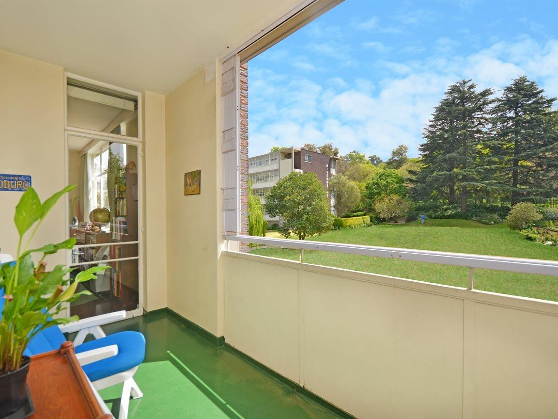 Illovo property for sale. Ref No: 13390504. Picture no 7