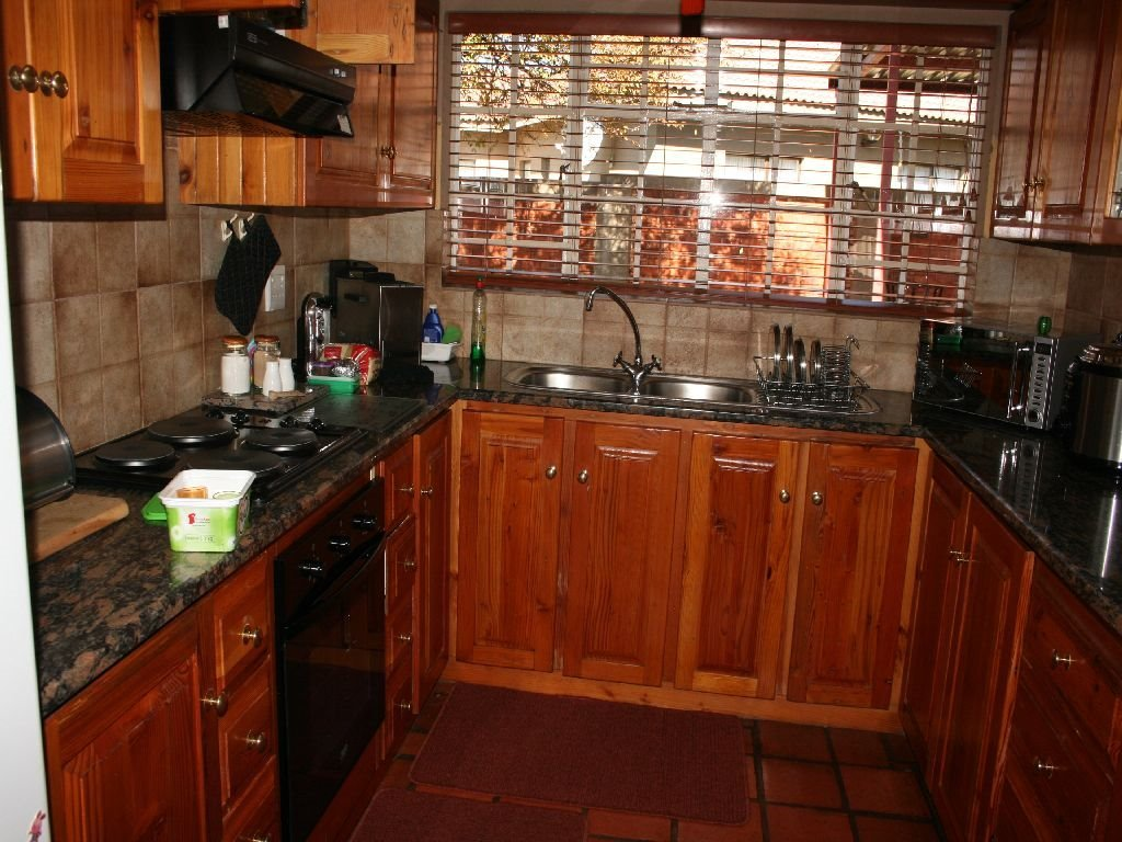 Eike Park property for sale. Ref No: 13488279. Picture no 8