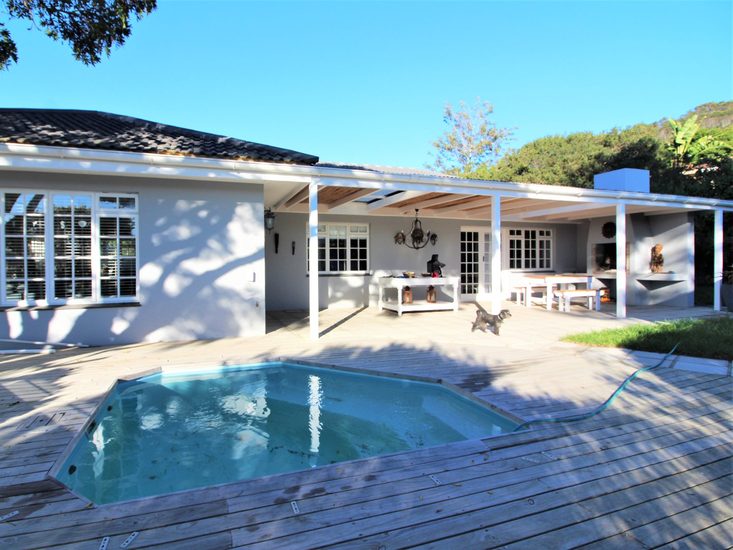 Lower Robberg property for sale. Ref No: 13623509. Picture no 2