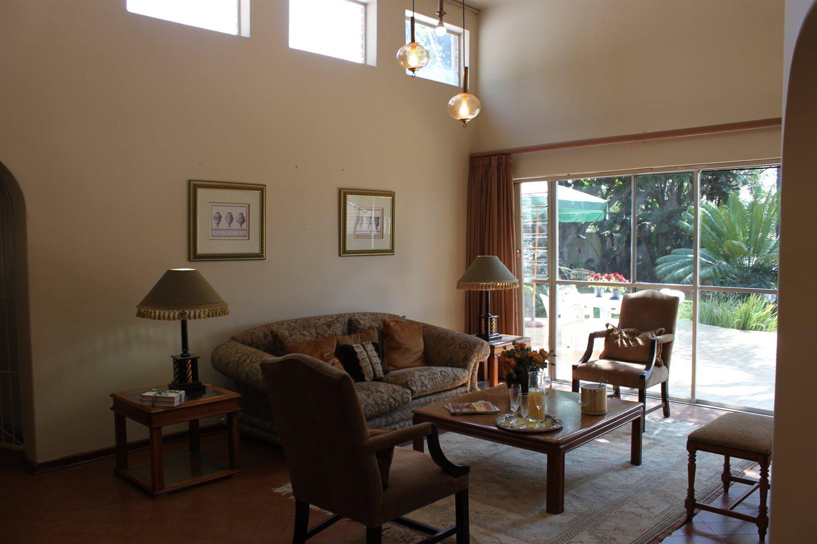Waterkloof Ridge property to rent. Ref No: 13539553. Picture no 13