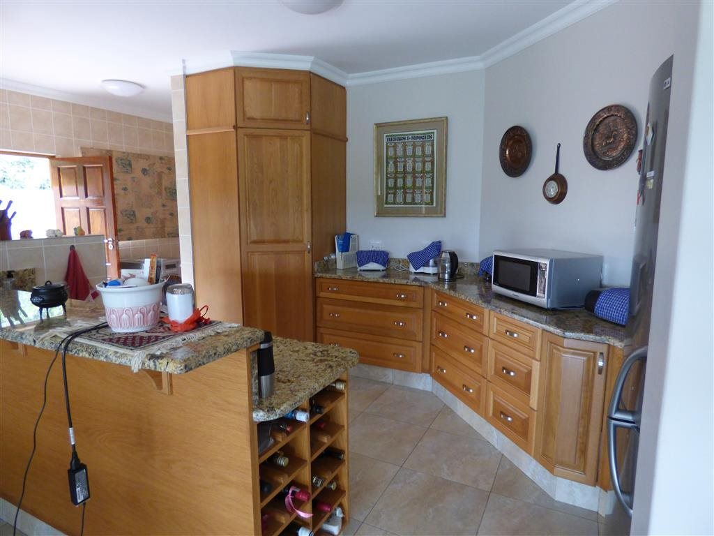 Southbroom property for sale. Ref No: 13393807. Picture no 10
