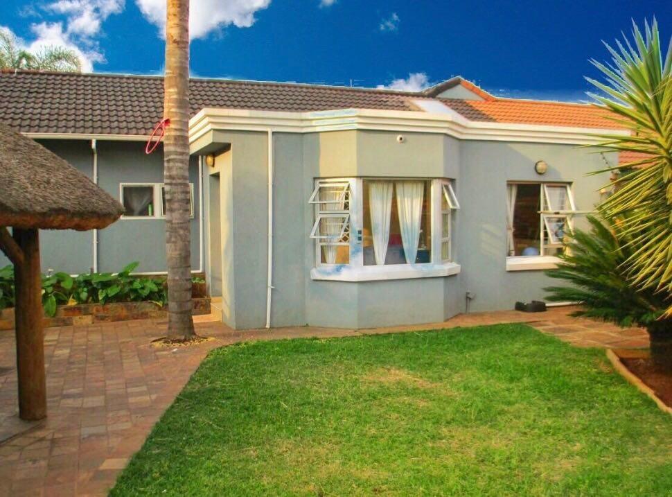 Centurion, Hennopspark Property  | Houses For Sale Hennopspark, Hennopspark, House 4 bedrooms property for sale Price:1,595,000