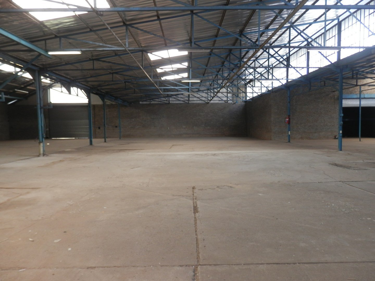 Eastleigh property for sale. Ref No: 13593580. Picture no 21