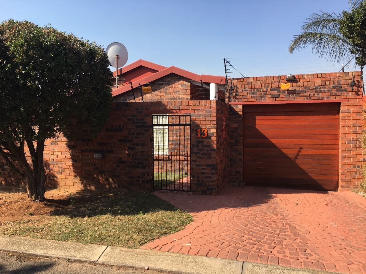 Randburg, Noordhang Property  | Houses For Sale Noordhang, Noordhang, House 2 bedrooms property for sale Price:1,250,000