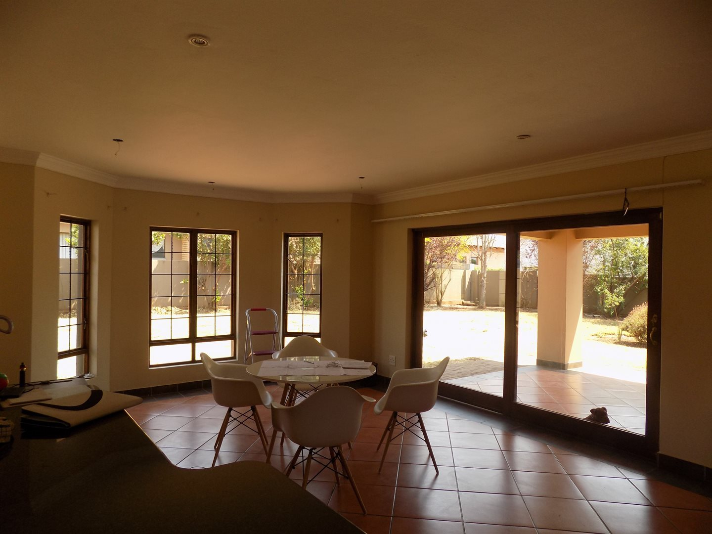 Raslouw Manor property for sale. Ref No: 13535817. Picture no 4