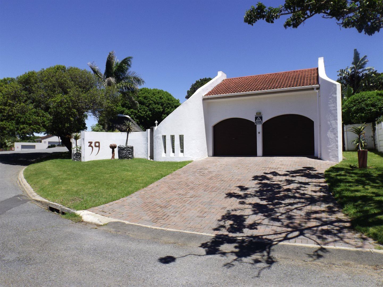 Property for Sale by DLC INC. ATTORNEYS Ernest De La Querra, House, 3 Bedrooms - ZAR 2,275,000