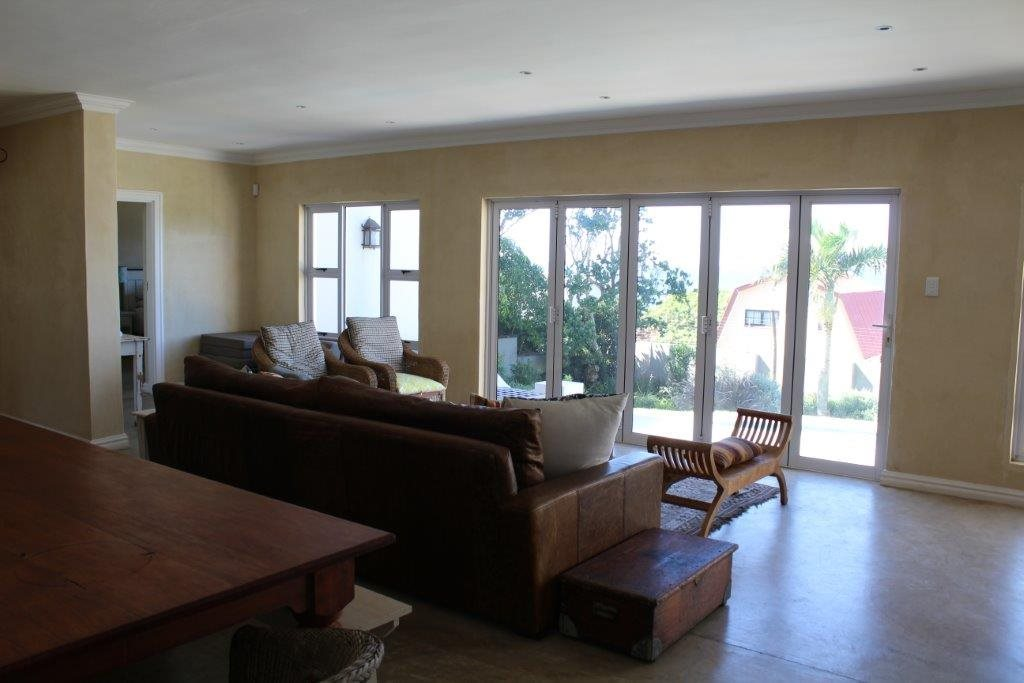Port Edward property for sale. Ref No: 13476196. Picture no 9