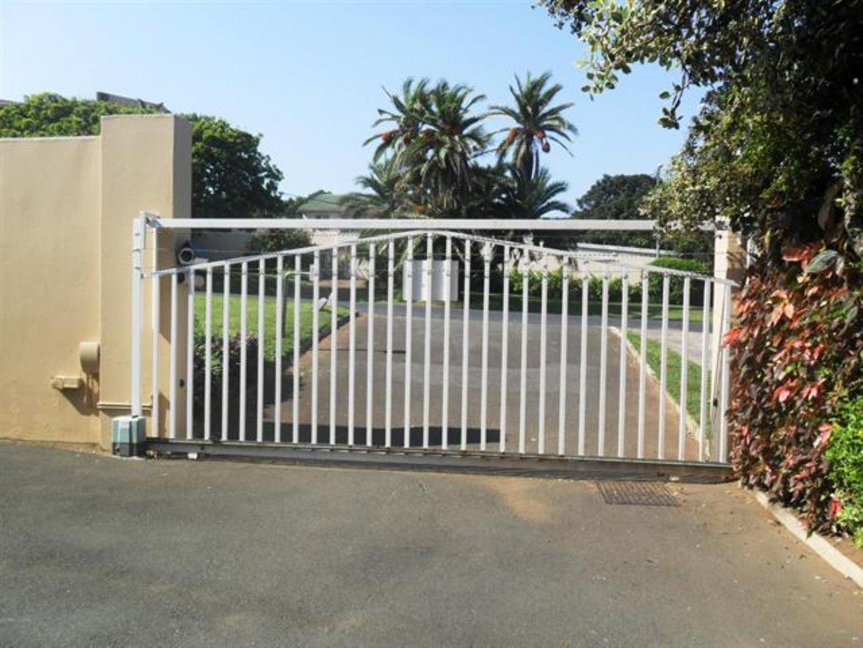 Scottburgh Central property for sale. Ref No: 12726934. Picture no 11