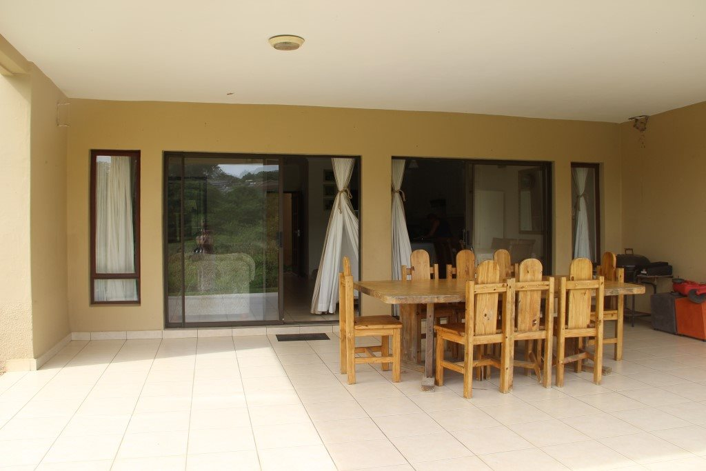 Uvongo property for sale. Ref No: 13328447. Picture no 7