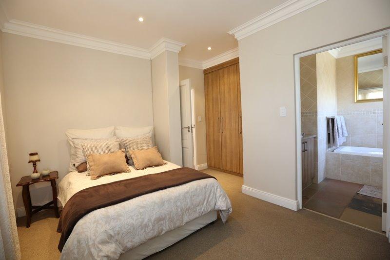 Midstream Estate property for sale. Ref No: 13254174. Picture no 21