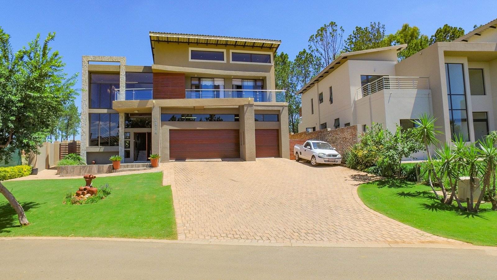 Property for Sale by Amy Pepler, House, 5 Bedrooms - ZAR 5,200,000