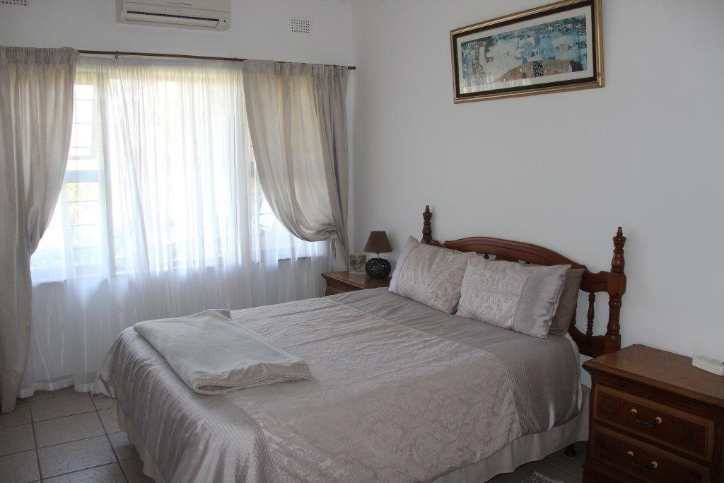 Uvongo property for sale. Ref No: 13529548. Picture no 24