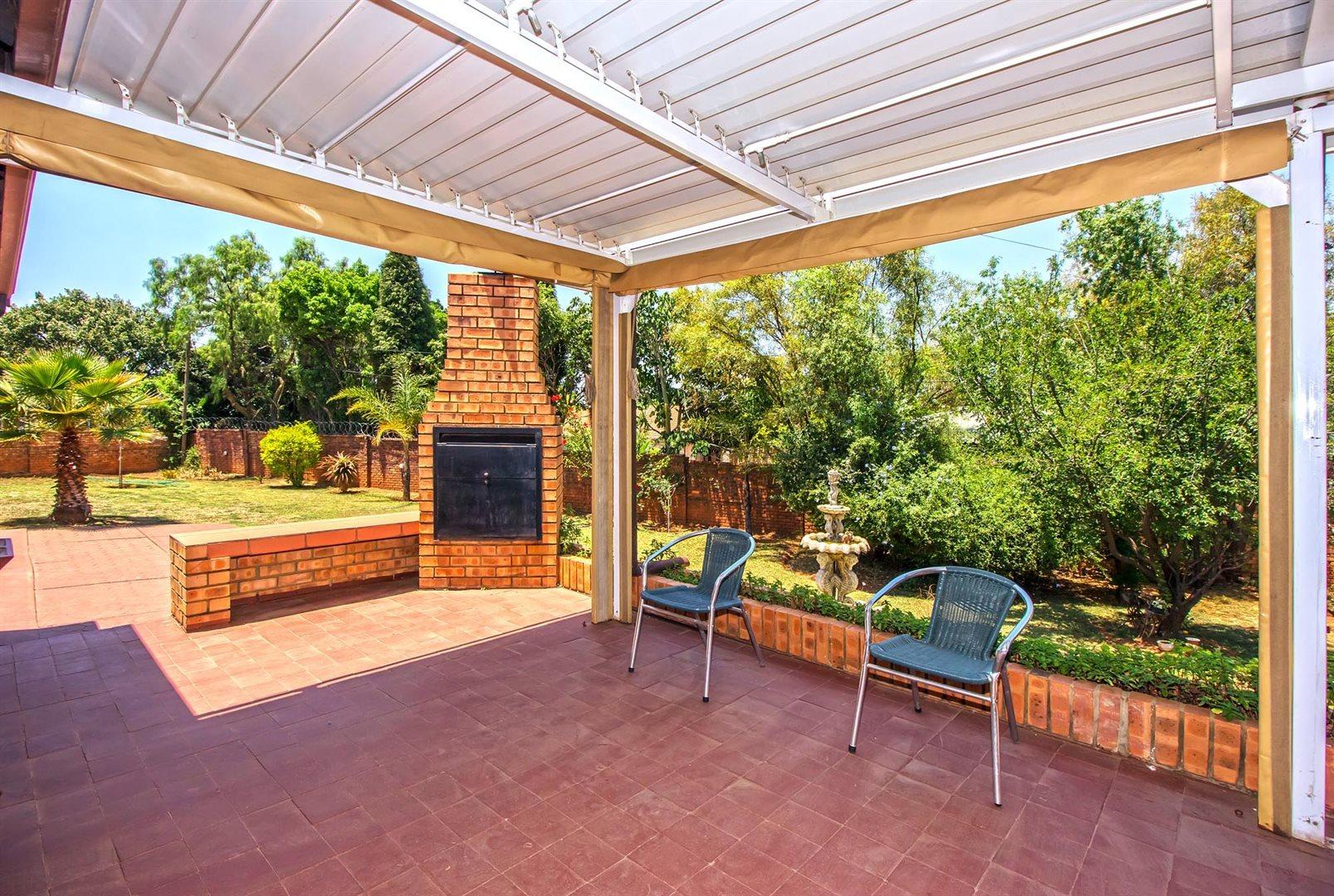 Elarduspark property for sale. Ref No: 13553870. Picture no 18