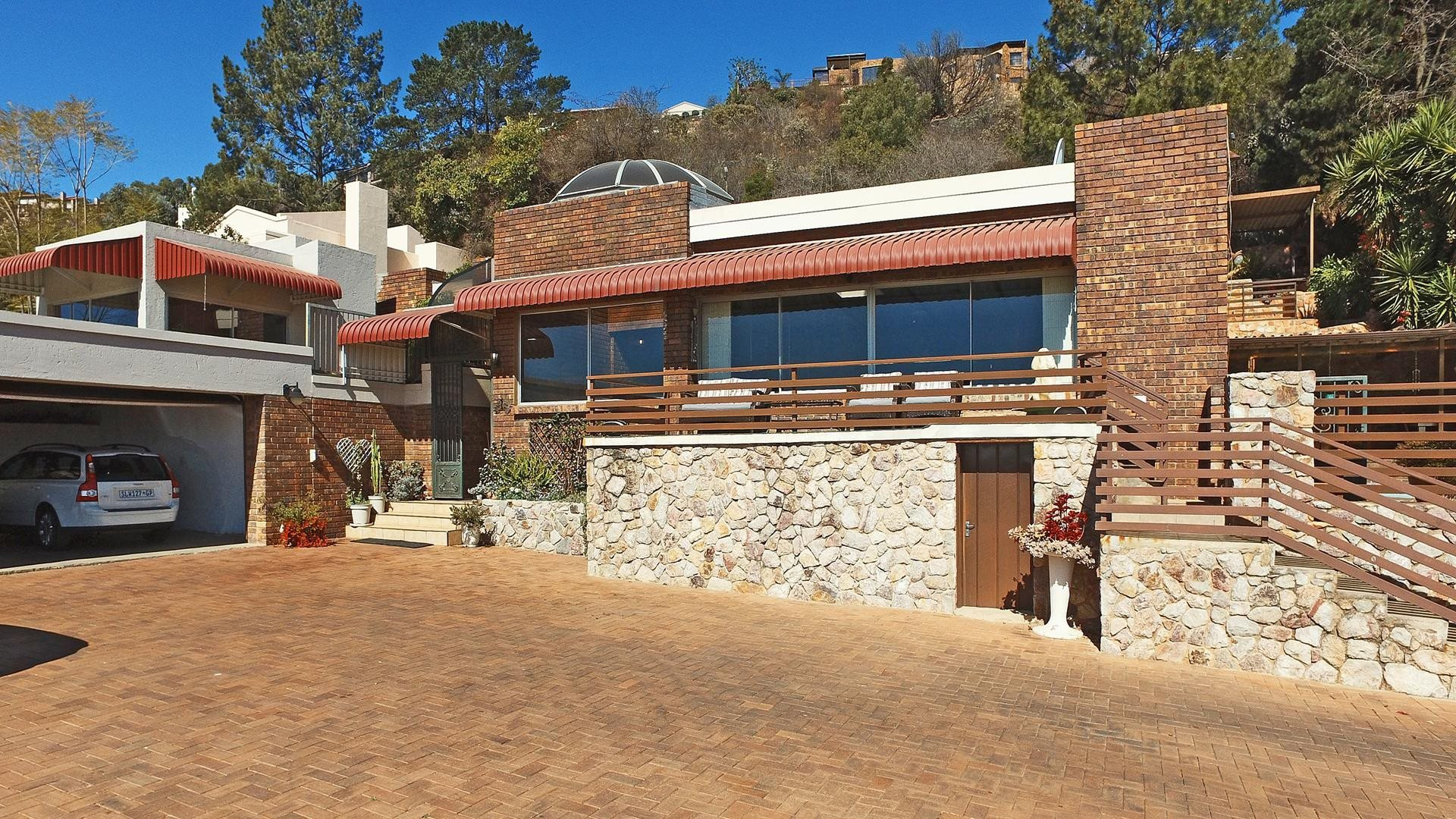 Property and Houses for sale in Northcliff, House, 3 Bedrooms - ZAR 3,999,000
