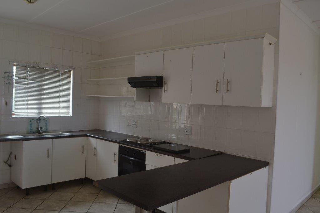 Hibberdene property for sale. Ref No: 13423871. Picture no 18
