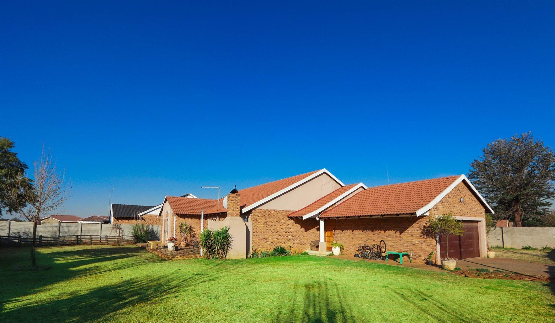 Meyerton, Kookrus Property  | Houses For Sale Kookrus, Kookrus, House 4 bedrooms property for sale Price:1,300,000