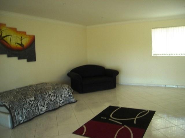 Pennington property for sale. Ref No: 12792370. Picture no 10
