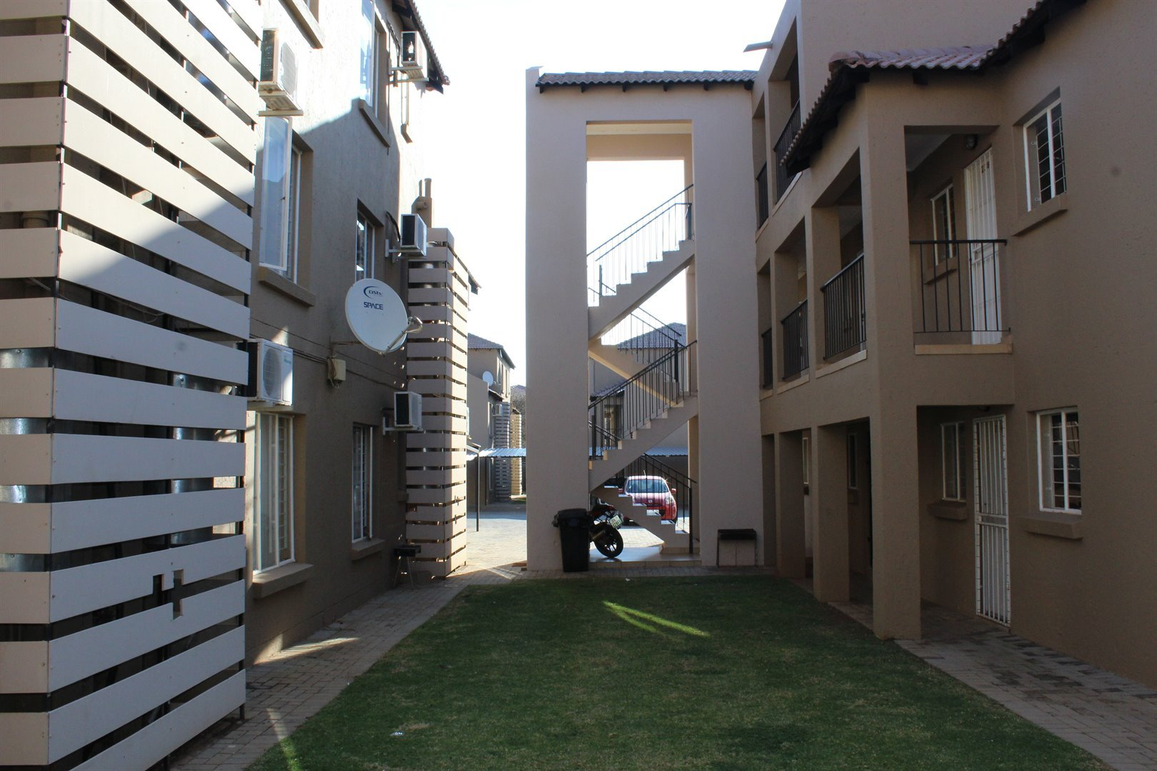 Mooivallei Park property for sale. Ref No: 13494420. Picture no 2