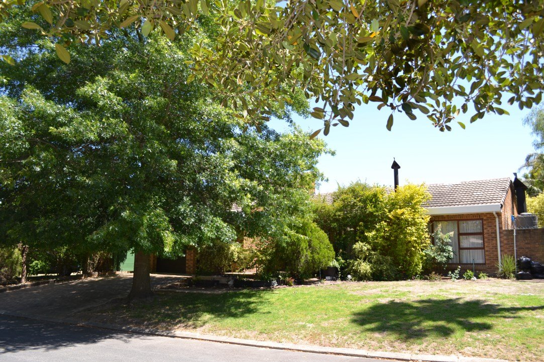Property and Houses for sale in Nuwe Uitsig, House, 4 Bedrooms - ZAR 2,900,000