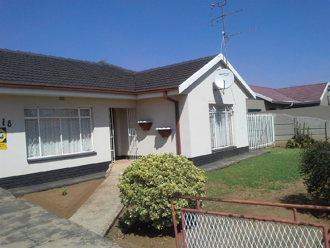Vereeniging, Unitas Park Property    Houses For Sale Unitas Park, Unitas Park, House 3 bedrooms property for sale Price:750,000