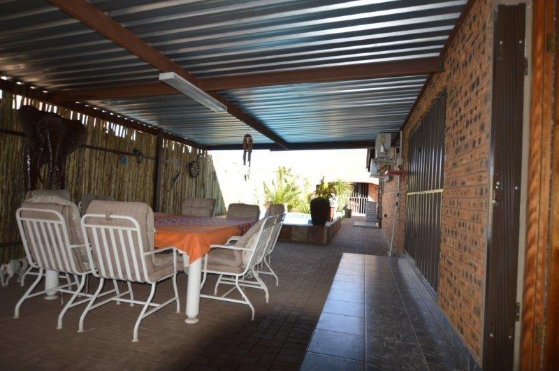Vanderbijlpark Se8 property for sale. Ref No: 13508216. Picture no 11