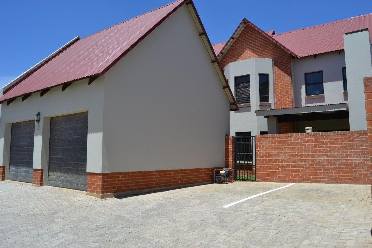 Property and Houses for sale in Heritage Hill, Townhouse, 3 Bedrooms - ZAR 2,495,000
