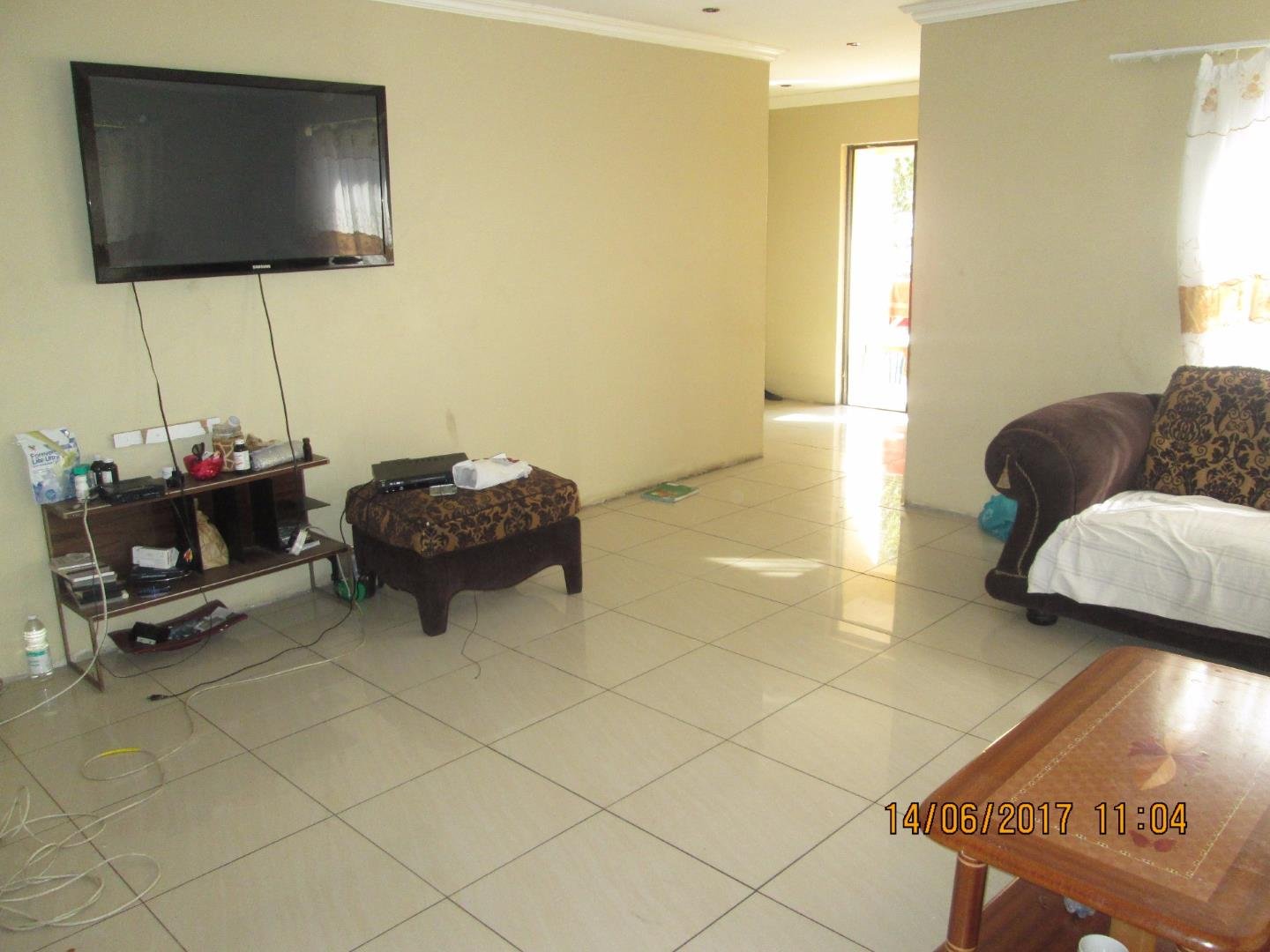 Mondeor property for sale. Ref No: 13526240. Picture no 11