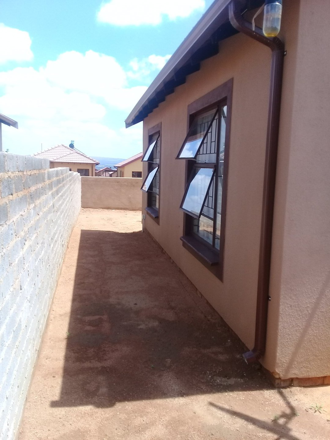 Soshanguve East property for sale. Ref No: 13589776. Picture no 11