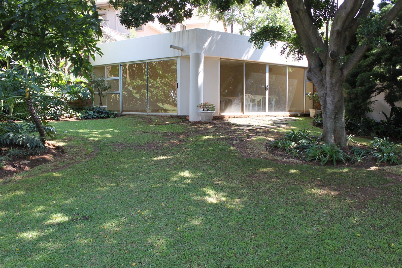 Waterkloof Ridge property to rent. Ref No: 13539553. Picture no 29
