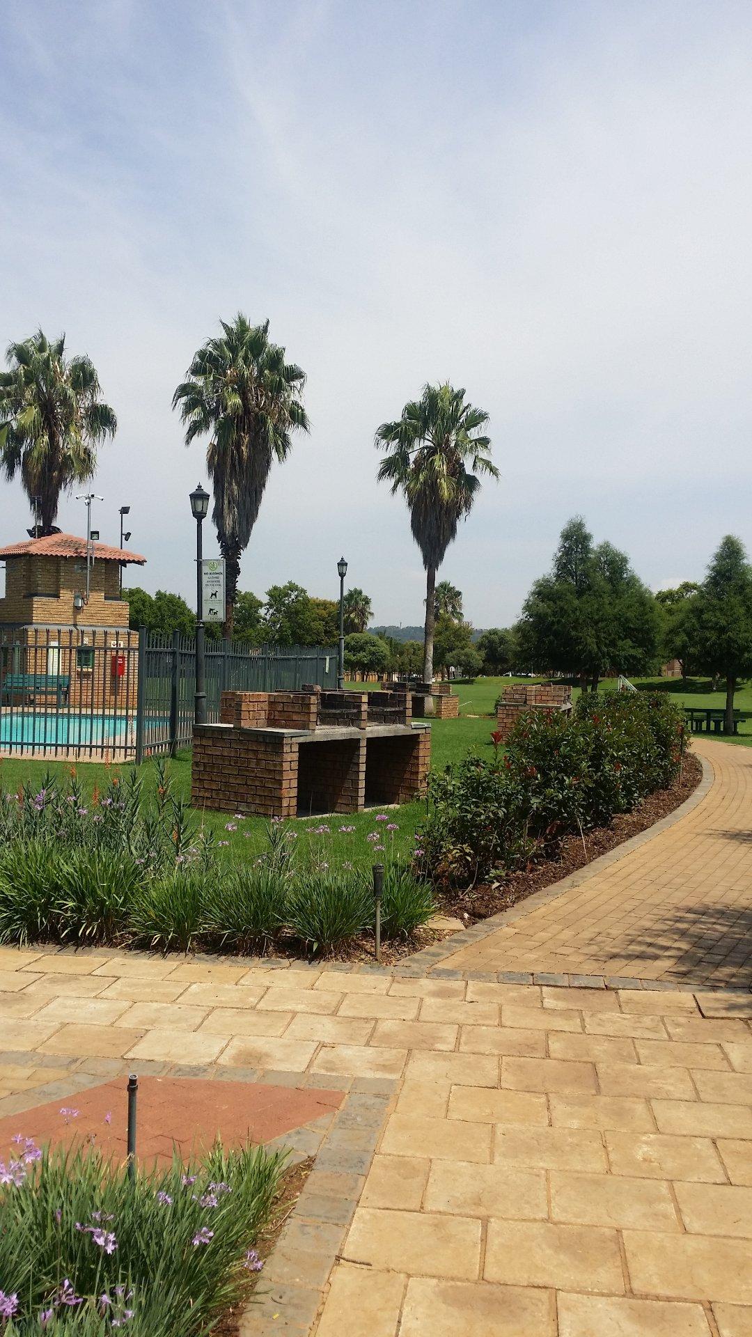 Pretoria, Equestria Property  | Houses To Rent Equestria, Equestria, Townhouse 3 bedrooms property to rent Price:, 10,00*