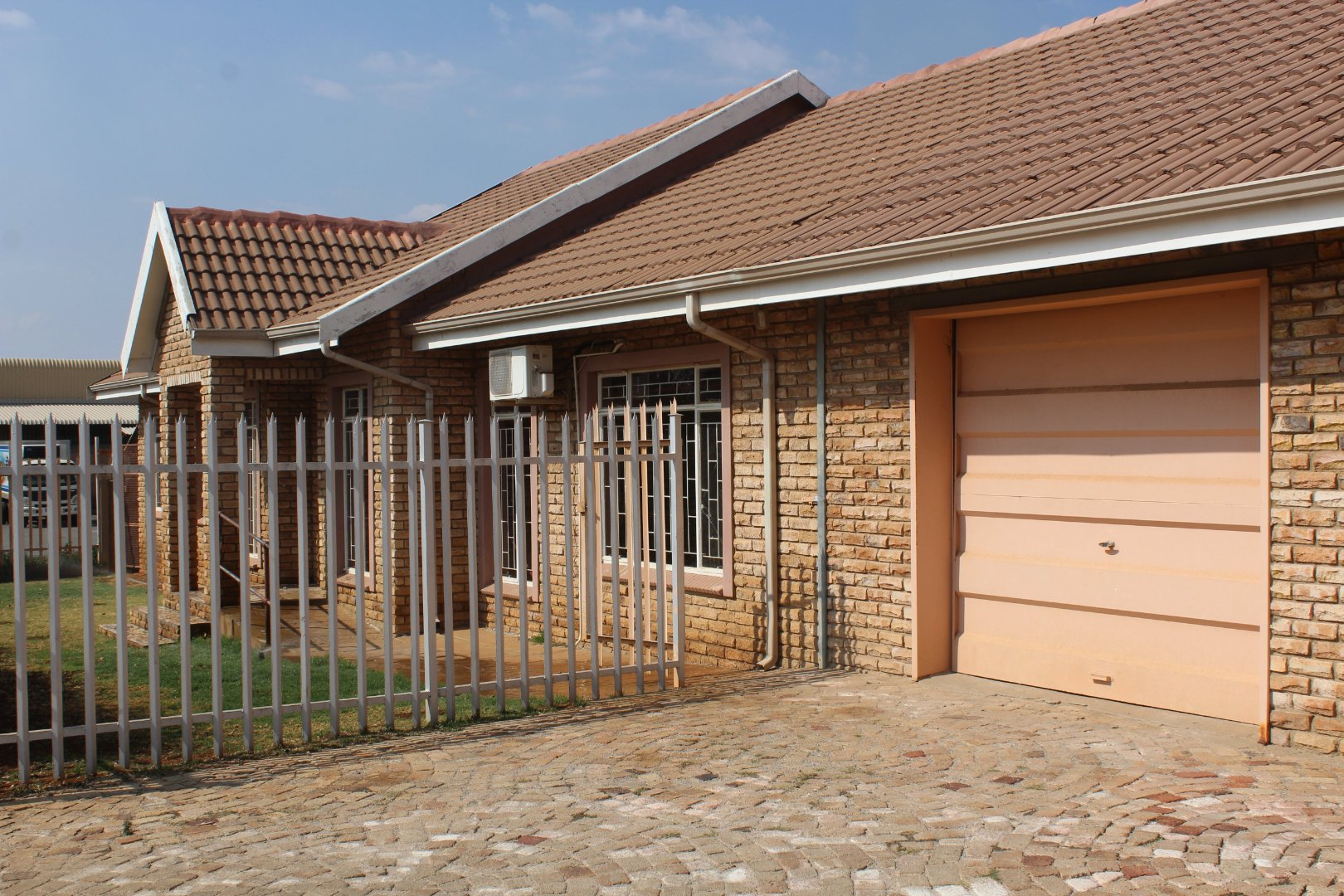 Property and Houses to rent in Miederpark, House, 3 Bedrooms - ZAR ,  8,00*,M
