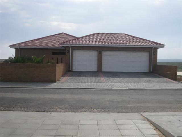 Lamberts Bay property for sale. Ref No: 13229959. Picture no 14