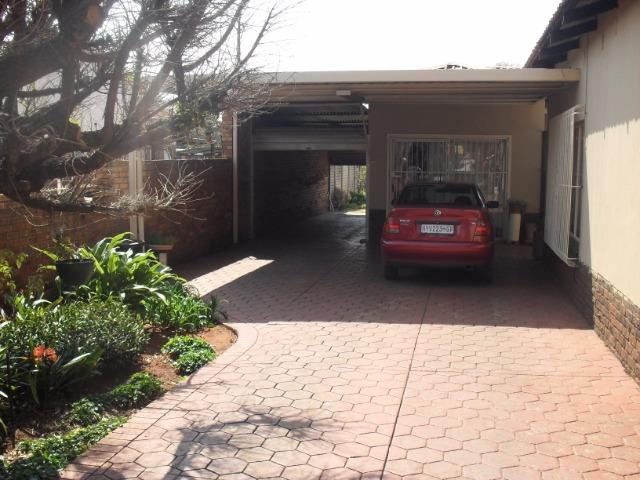 Rayton property for sale. Ref No: 13513020. Picture no 4